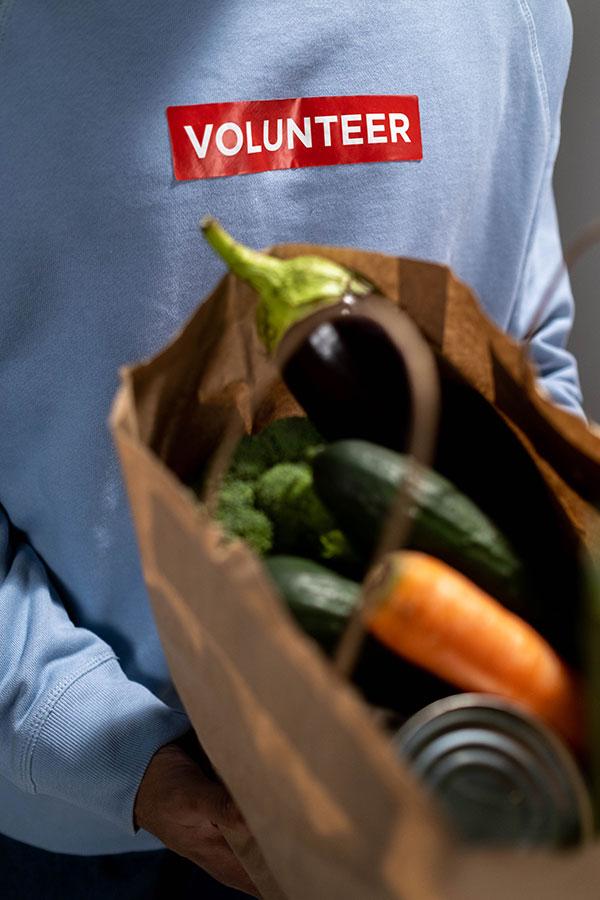 Volunteer-Foodcare-Orange-Central-West